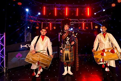 Bagpipers With Dhol 3