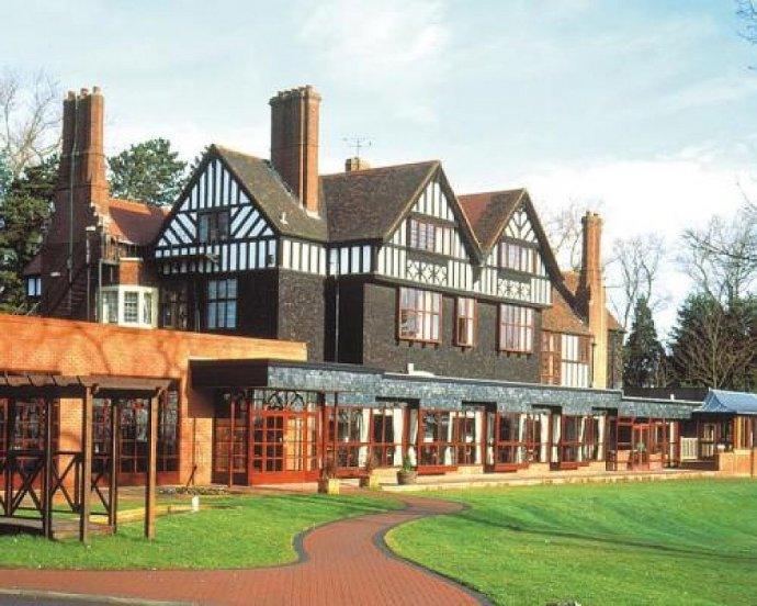 Kudos To Exhibit At Royal Court Hotel Wedding Fayre