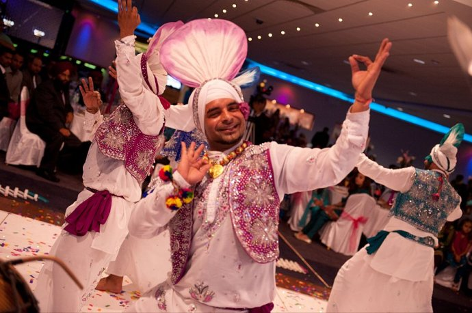 Book Gabru Punjab De Bhangra Dancers For Weddings And Events