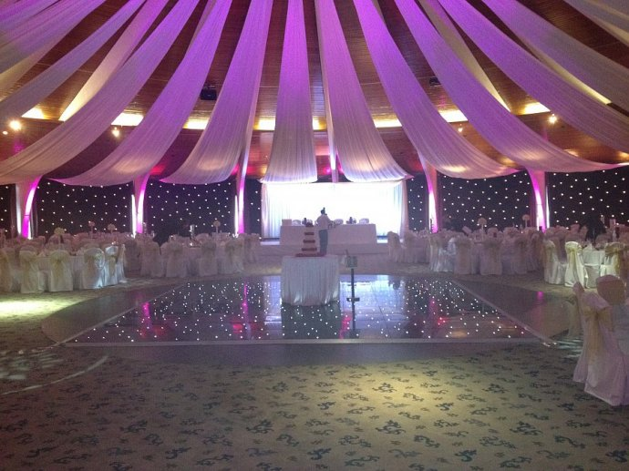 Kudos Perform At Copthorne Effingham Park Wedding: A Wedding to Remember